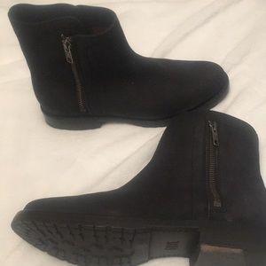 Frye boots like new!